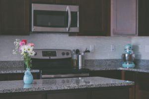 Komu do gustu przypadnie lada barowa w kuchni?